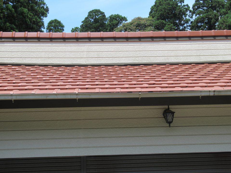 台風、地震、雨漏りに強い屋根に。お客様の好みの色に仕上がった