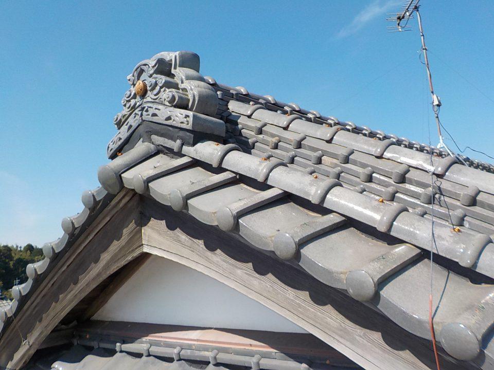 耐震工法による棟取り直し工事で自身に強い屋根に