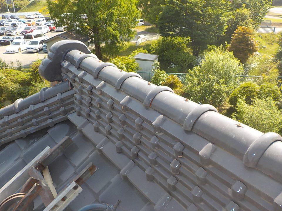 耐震工法で地震に強い棟瓦の仕上がり
