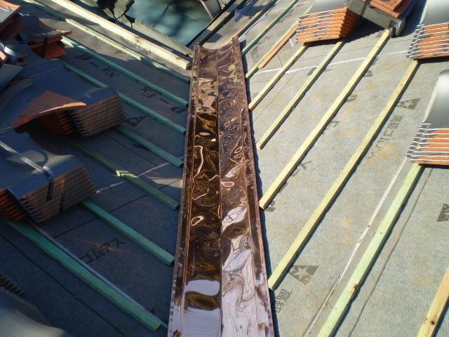 新しい銅板を施工。香取市