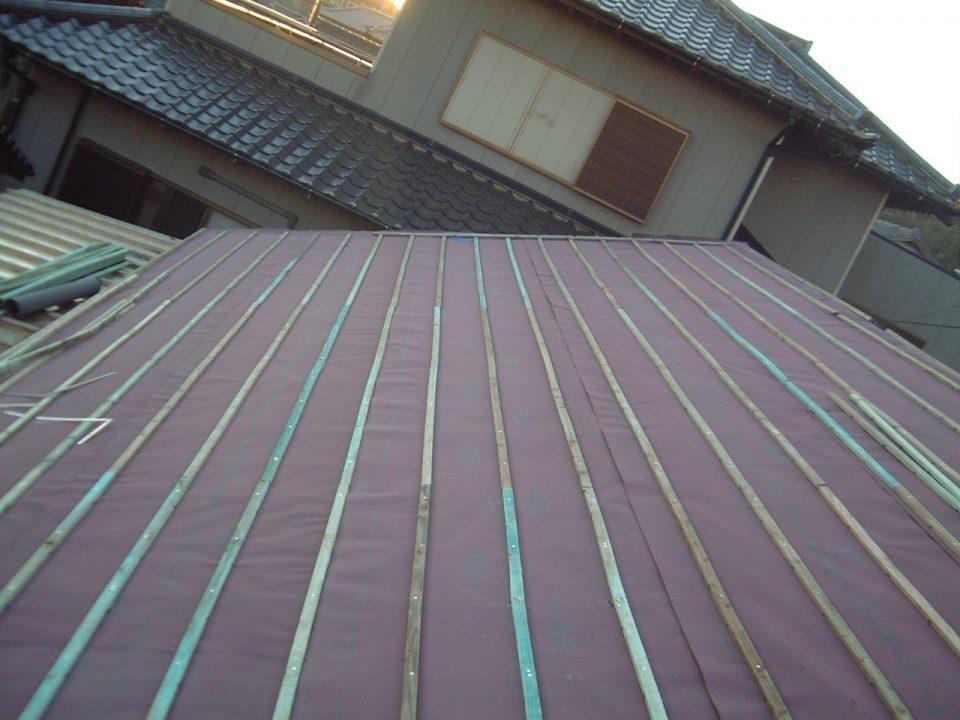 防水シートと瓦桟の施工。銚子市
