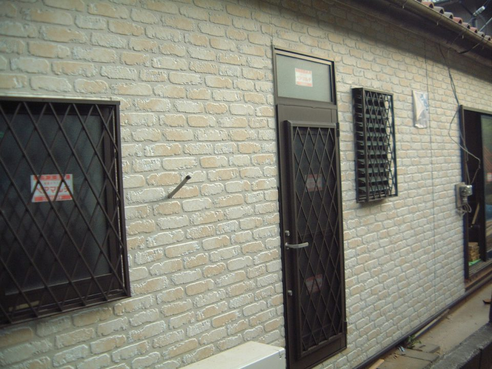 洋風サイディングの施工。銚子市